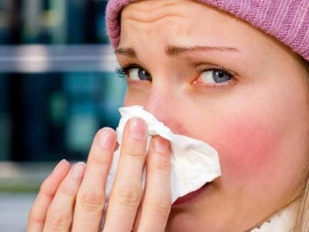 اكتشاف علاج شافٍ نزلات البرد